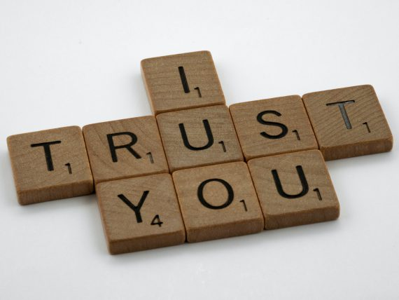 """image of the text """"I trust you"""""""